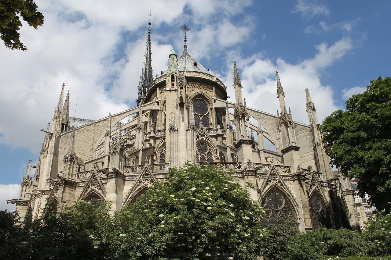 Notre Dame (2)