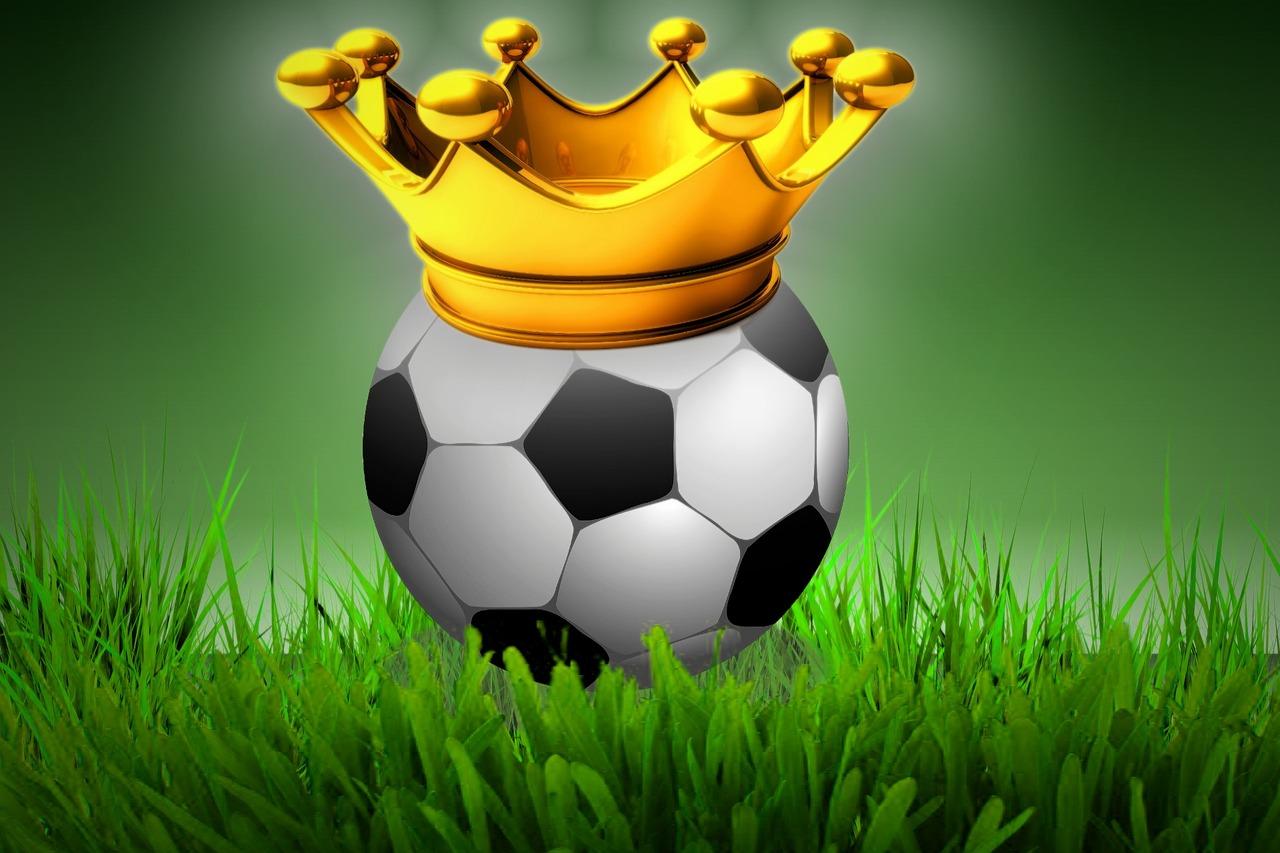 crown-1065918_1280