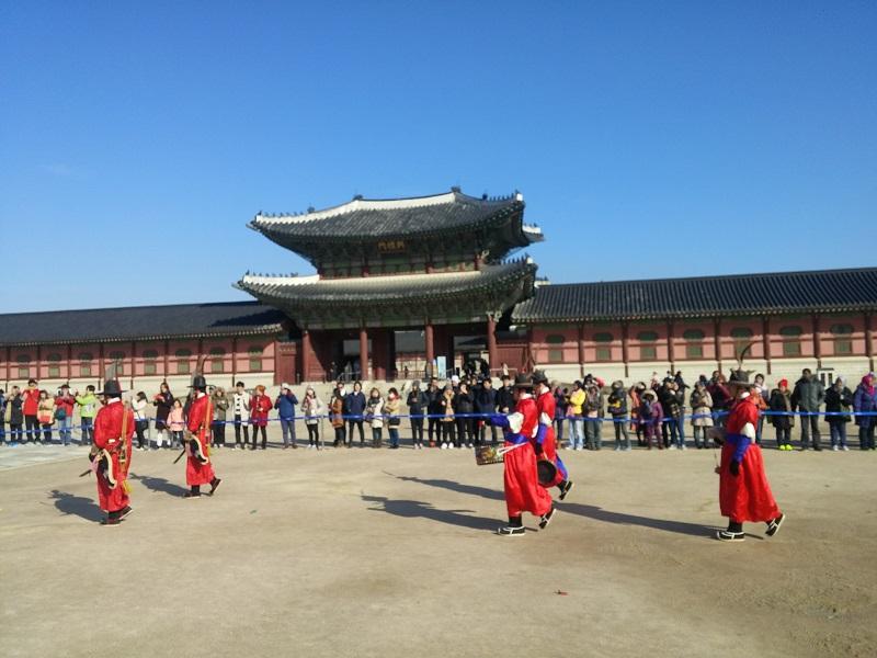 Gwanghwamun Gate to Gyeongbokgung Palace
