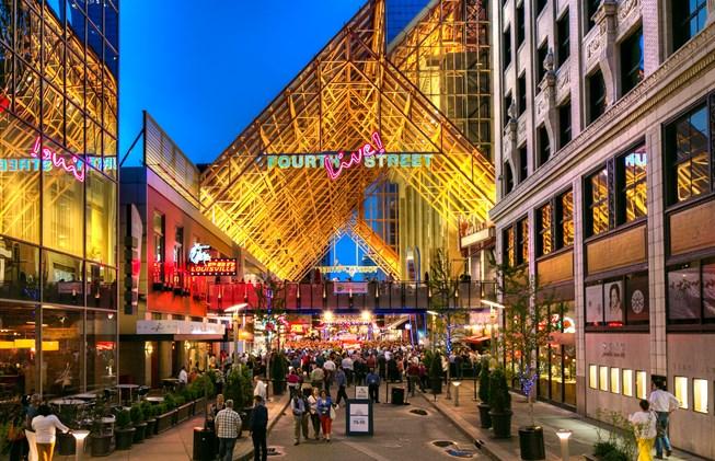 Things to do in Louisville KY: Louisville Nightlife