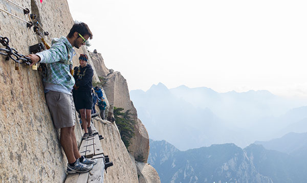 Crazy Bucket List Ideas Mount Hua