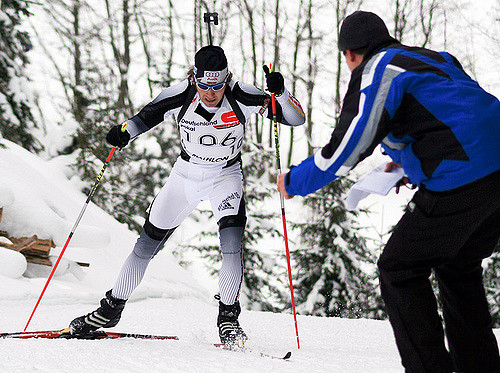 how does biathlon work