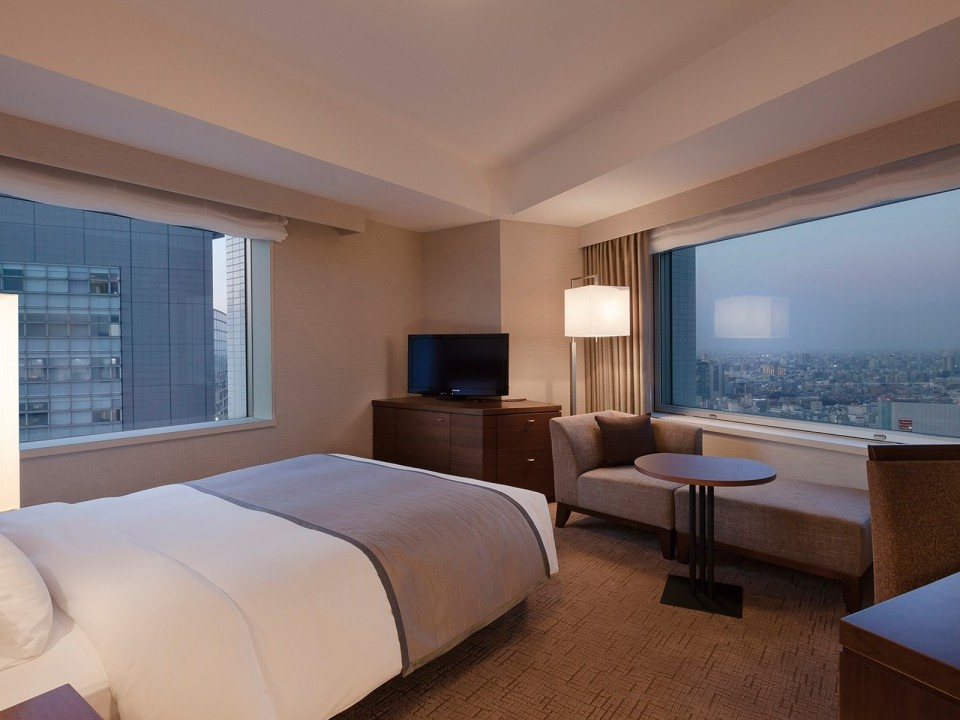 comfort double at tokyo southern tower hotel